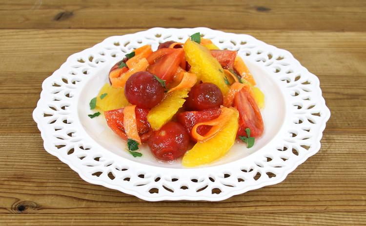 2種のトマトとオレンジのはちみつマリネ