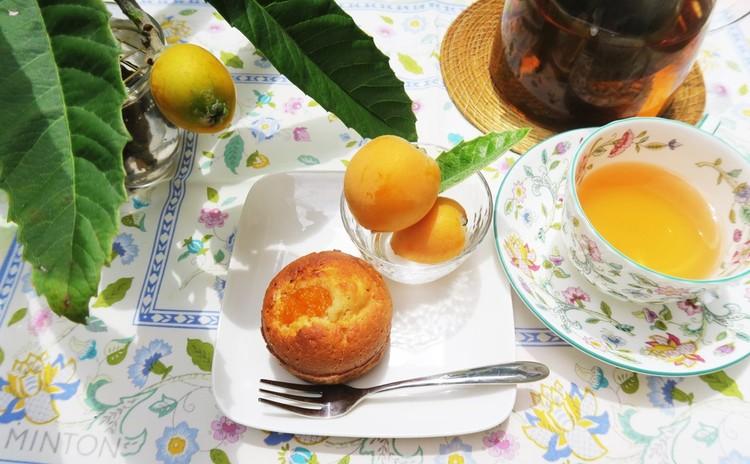 一日限定!採れたてビワのコンポート&枇杷茶♪ケーキと枇杷茶のお土産付