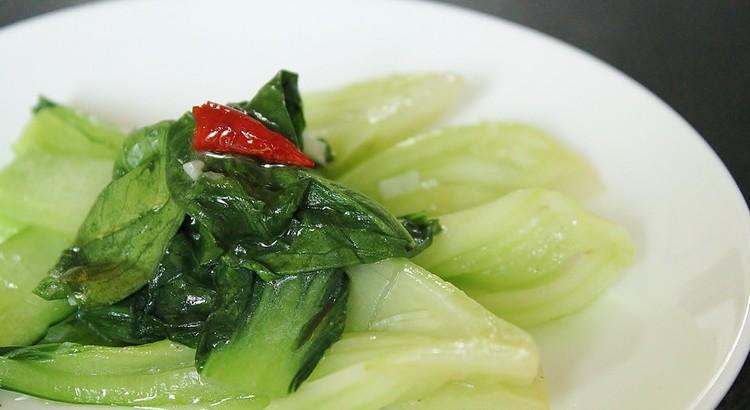 緑野菜の塩炒め