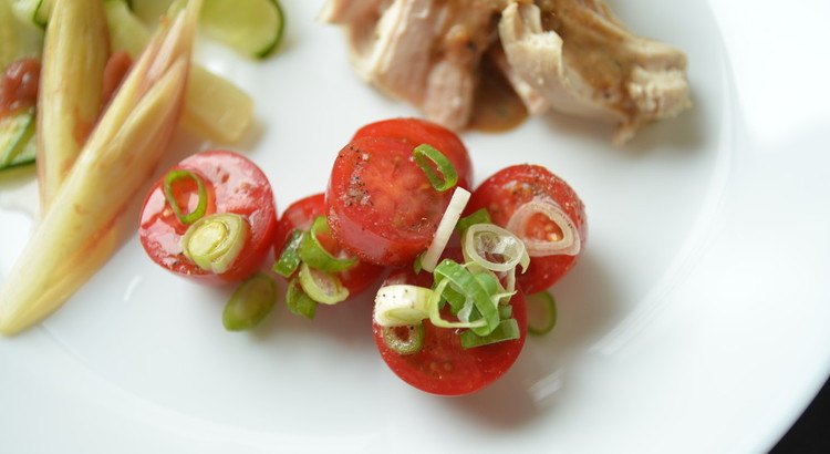 トマトのネギ塩和え