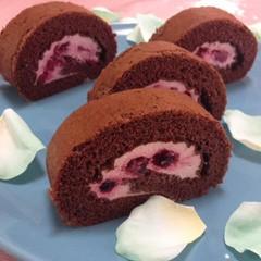 赤い実のロールケーキ「ルレ・ルージュ」