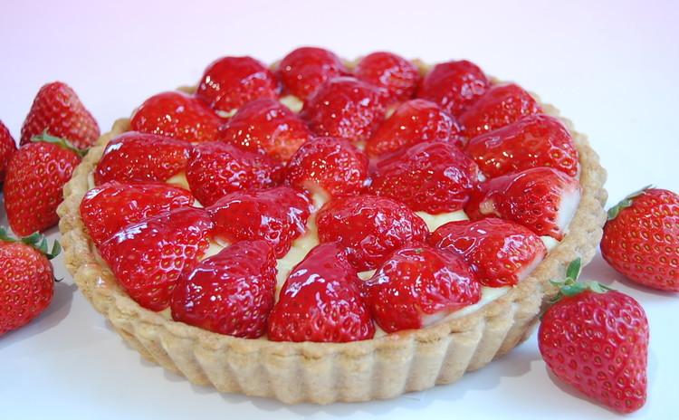 【プロが教える】(初級)『苺のタルト』贅沢☆たっぷりイチゴ☆18cm台