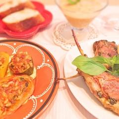 絶品ラムのバジルローストに桃のガスパチョ!夏野菜のドルマも作ります♪