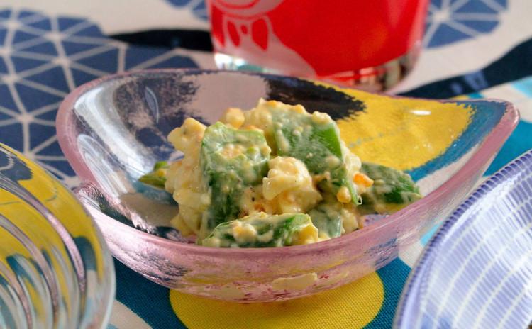 スナップエンドウと卵チーズのサラダ