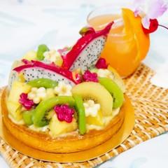 夏を満喫!南国フルーツたっぷりのトロピカルなタルト☆