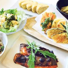 銀鮭の西京焼き&季節の野菜の天ぷら盛り&卯の花&だし巻き卵