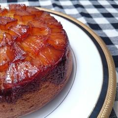 パイナップルアップサイドダウンケーキとスミット