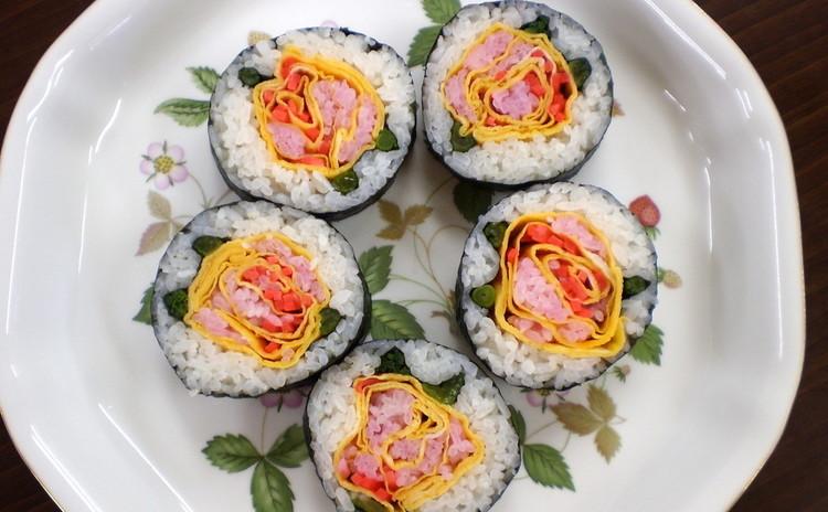 美味しく、きれいな「房総太巻き祭りずし」の『卵巻き、のり巻き』を楽しく巻きましょう!!