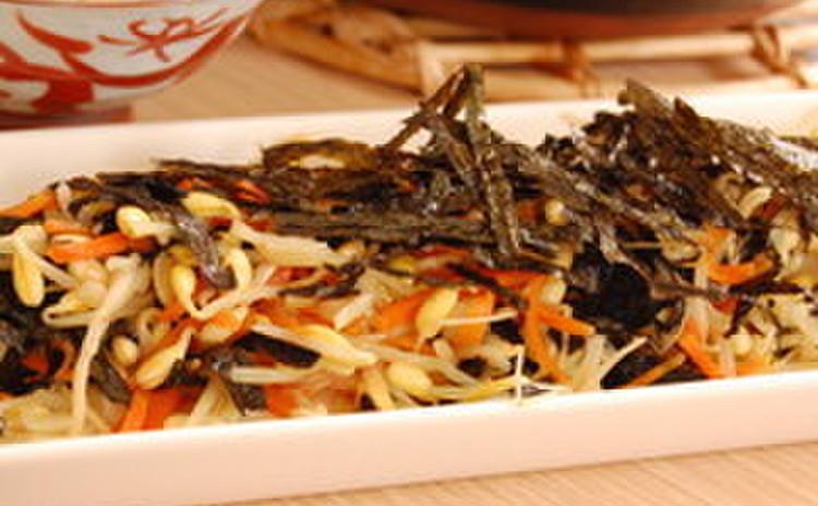 豆もやしとにんじんの海苔ナムル