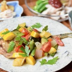アジの夏野菜たっぷりソース、しっとりササミの梅ダレ、夏野菜の冷やし麺