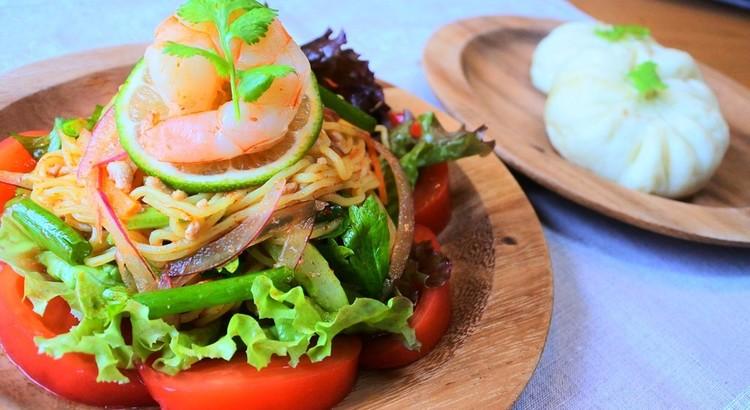 コク辛が美味しい麺サラダ&皮フワフワ肉汁溢れる簡単失敗知らずのサラパオ