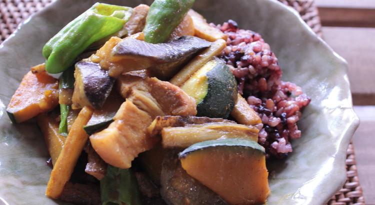 夏野菜のカレー風炒め煮
