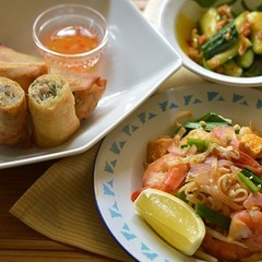 パッタイ(タイ風焼きそば)などを作るアジア料理レッスン