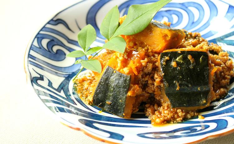 ルイボスティーを使って、鳥挽肉と南瓜のこっくり煮物
