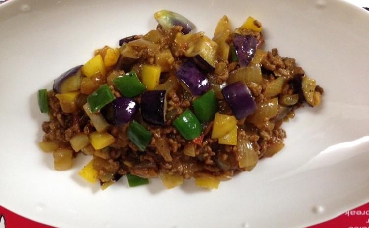 ホシノ丹沢酵母で作る爽やかな酸味と香りのナン&夏野菜キーマカレー