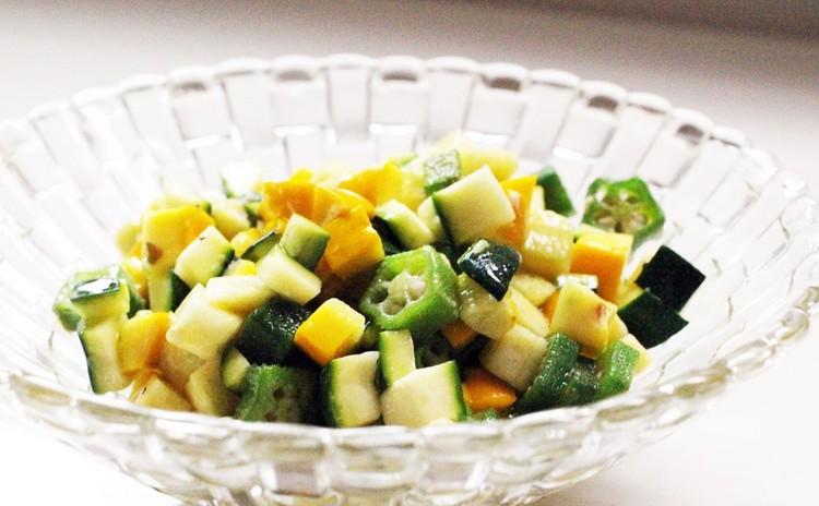 さっぱりとした夏野菜のコンフィ