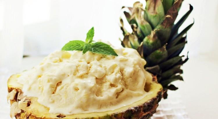 パイナップルのアイスクリーム~洋酒で大人味に
