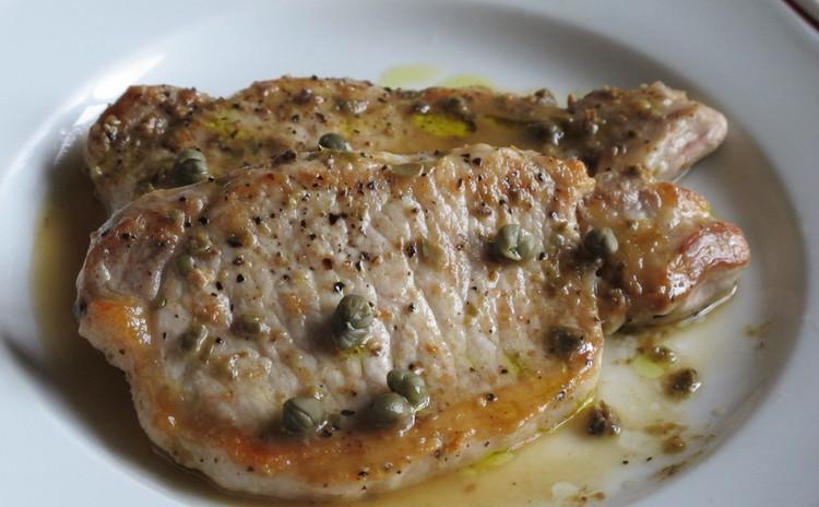 豚ロース肉のアンチョビケッパーソース