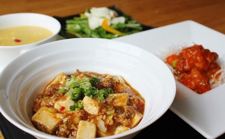 【王道中華リバイバル】しびれる麻婆豆腐と愛され海老チリも♪