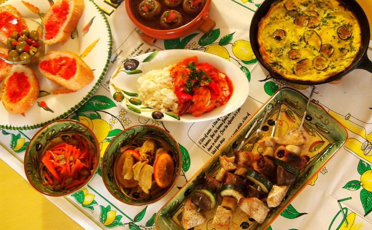 身体に嬉しいドライフルーツで☆スペインバル風料理