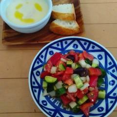 ギリシャサラダとエッグレモンスープ