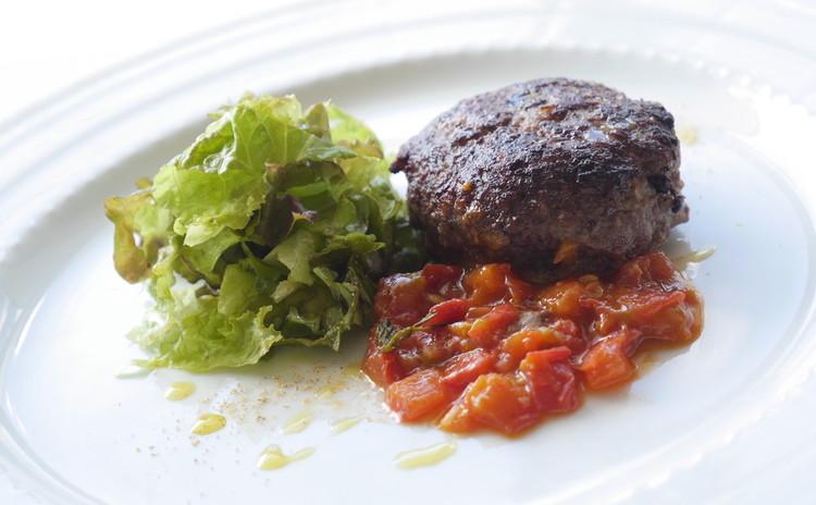 肉汁溢れるハンバーグを焼く〜本当の料理上手になる為の教室【初心者向け】