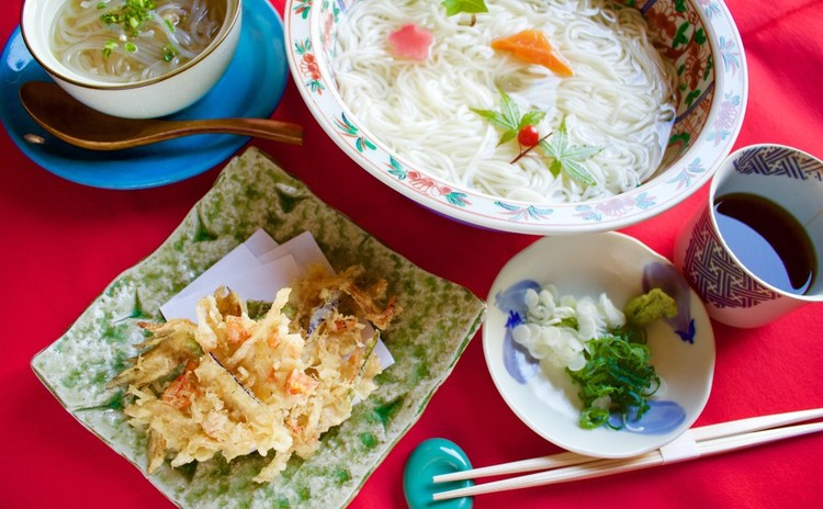 【和食の老舗で学ぶ】「一番だし」と「かき揚げ」使える夏のおもてなし