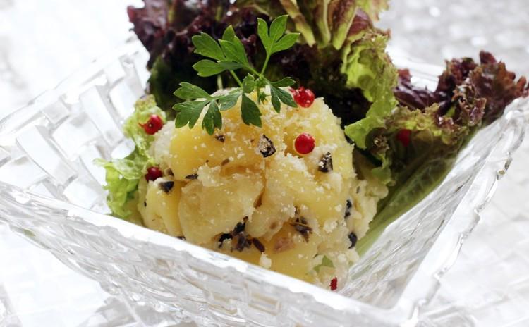 イタリアンポテトサラダ~白と黒のトリュフの香り