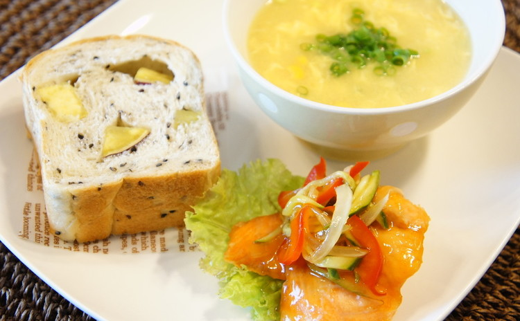 *9月は和風なデリご飯*『さつま芋パン』と『抹茶とレモンのマドレーヌ』