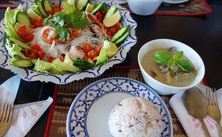 子連れでタイ料理を作っちゃおう!グリーンカレー&ヤムウンセン&アイス