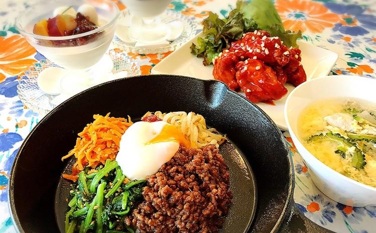 スキレットde石焼ピビンバ♪韓国ピリ辛唐揚げとゴーヤと豚の卵スープ