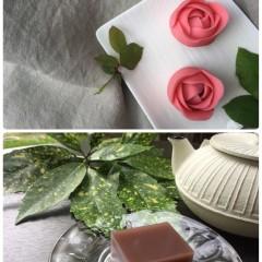 """煉り切りで作る""""薔薇の花""""のど越し滑らかな""""水羊羹""""と定番の""""おはぎ"""""""