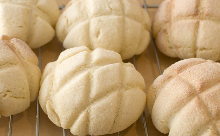 ミニ食パン、メロンパン、チーズクッペを作ります♪