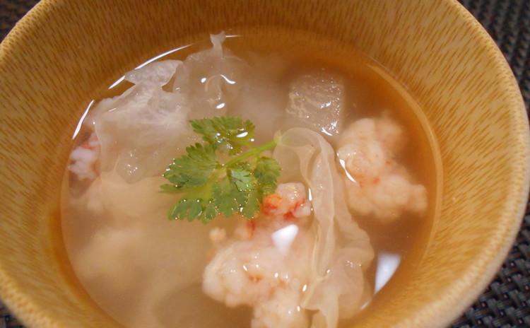 白キクラゲ入り海老と冬瓜のスープ