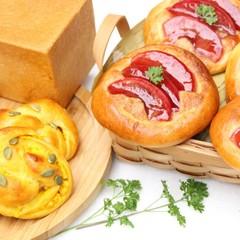 これからの季節にりんごとかぼちゃを使って作るパン3種類 赤ワインりんご