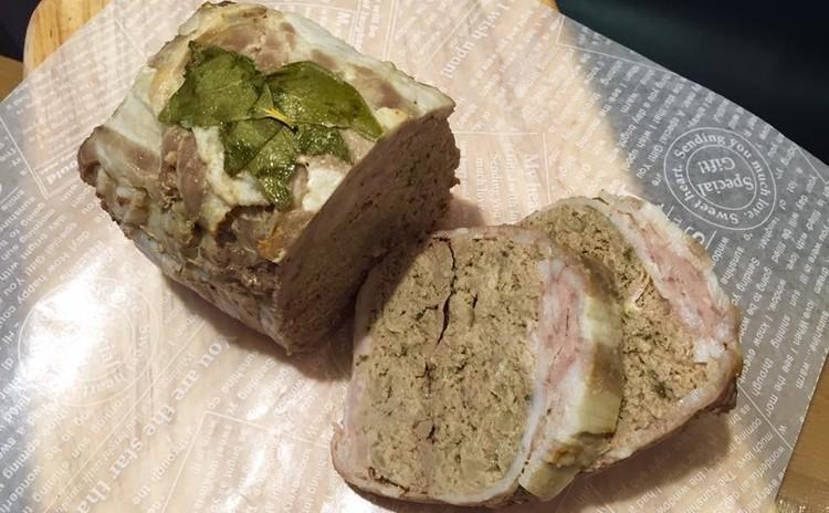 【年末年始のごちそうメニュー1】お肉のパテ他盛りだくさん