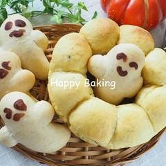友達呼んでハロウィン楽しもう♪パンプキンちぎりパンとお化けパン