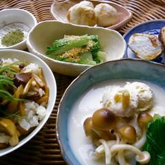 秋の味覚里芋で♪鶏つくねのすり流しと唐揚げほか&きのこご飯