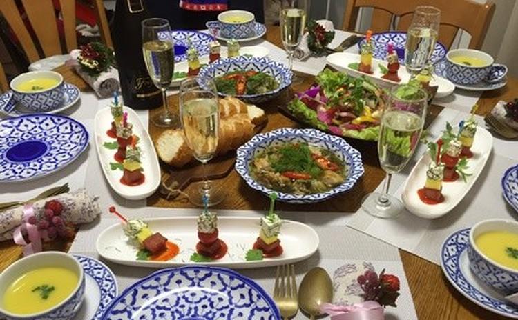 今年のクリスマスはフュージョン・タイ料理で乾杯しましょう♪