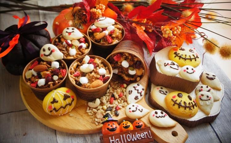 日本ルナ㈱さま協賛!ギリシャヨーグルトでハロウィンの焼き菓子とマカロン