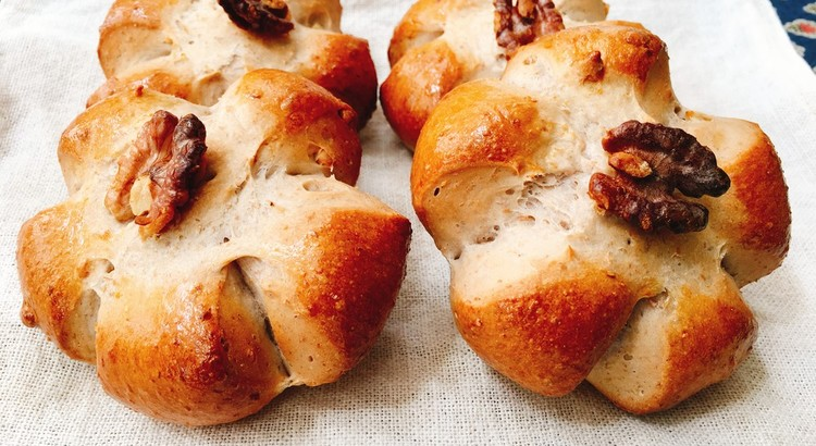 胡桃パン 4個