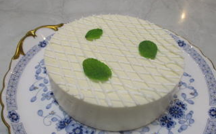 糖質制限でレアチーズケーキ作り!爽やかなレモンチーズケーキです!