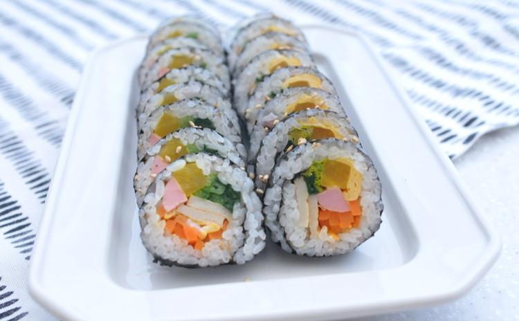【お持ち帰りあり!】韓国の国民食、キンパとトッポッキを作りましょう。