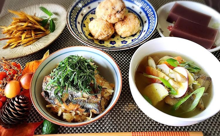 絶品☆さんま缶の炊き込みご飯とほっこりさつま汁♪ふわふわ豆腐の竜田揚げ