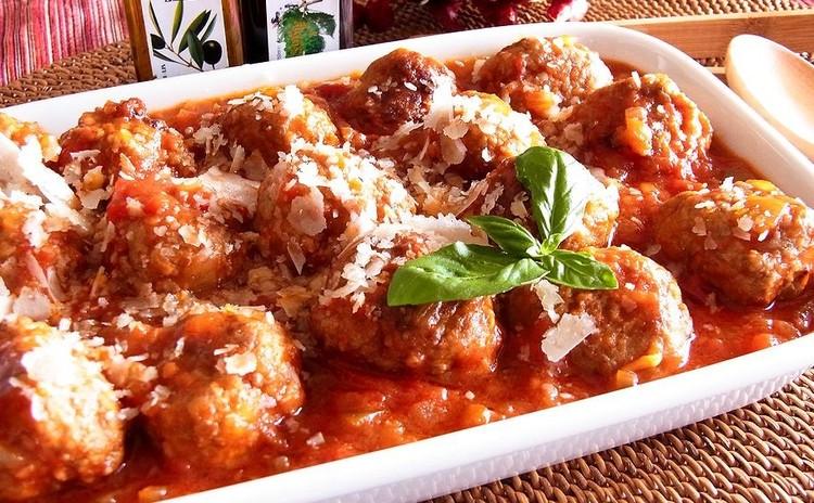 トマトソースのポルペッティ