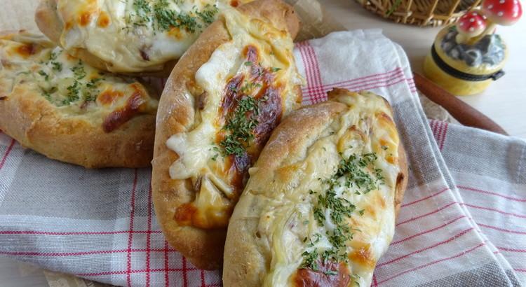ポルチーニ茸のグラタンパン