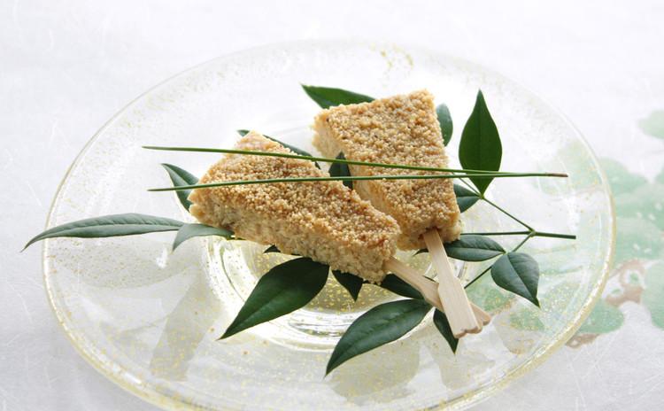 普段の食事にもしっかり応用できる、正月見据えたおせち料理と鍋料理の基本