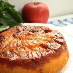 りんごの季節に作りたいアップルキャラメルケーキ(17cm丸1台)