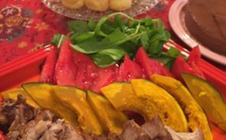 自家製スモークポーク季節の野菜添え