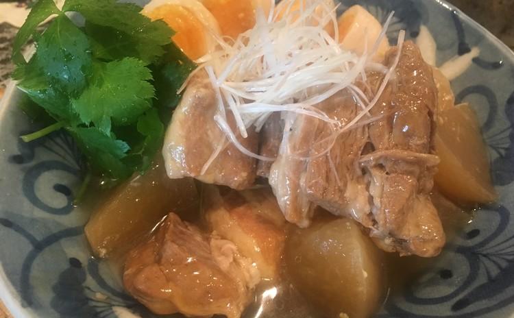 豚の角煮、大根とゆで卵添え